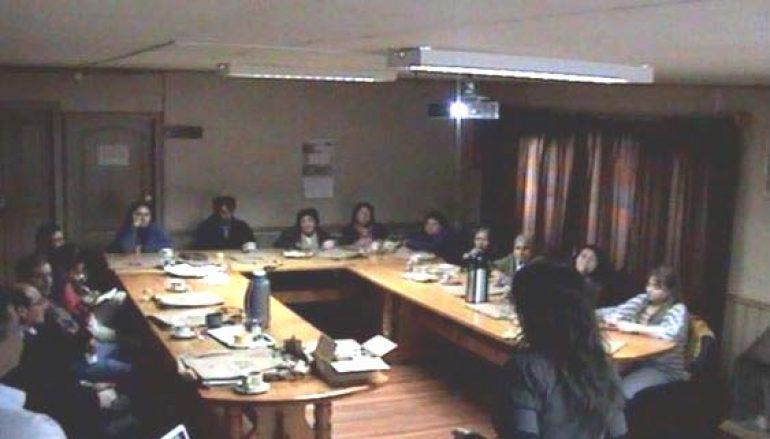 UDEL DEL MUNICIPIO DE LONQUIMAY INVITA A EXPONER ANTE ARTESANOS
