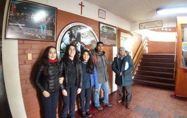 Liceo de Lonquimay visitó al Liceo de Chol Chol