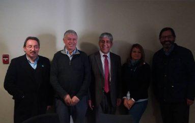 MINISTRO DE AGRICULTURA SE REUNE CON EL ALCALDE DE LONQUIMAY