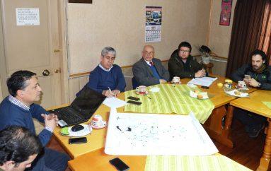 GOBERNADOR DE MALLECO JUNTO A ALCALDE PRESIDEN COMITÉ DE EMERGENCIA COMUNAL
