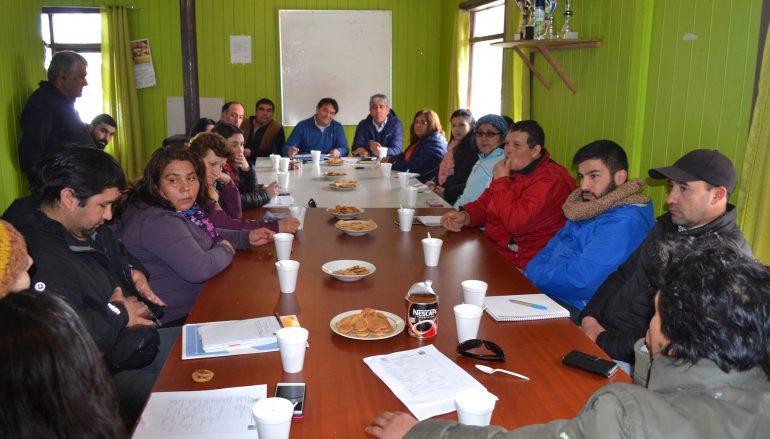 PRESIDENTE DEL CORE ARAUCANÍA Y ALCALDE SE REÚNENCON ACTORES SOCIALES