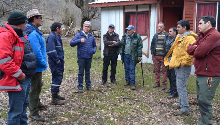 DIRECTOR PROVINCIAL DE VIALIDAD VISITA CAMINOS DE LONQUIMAY