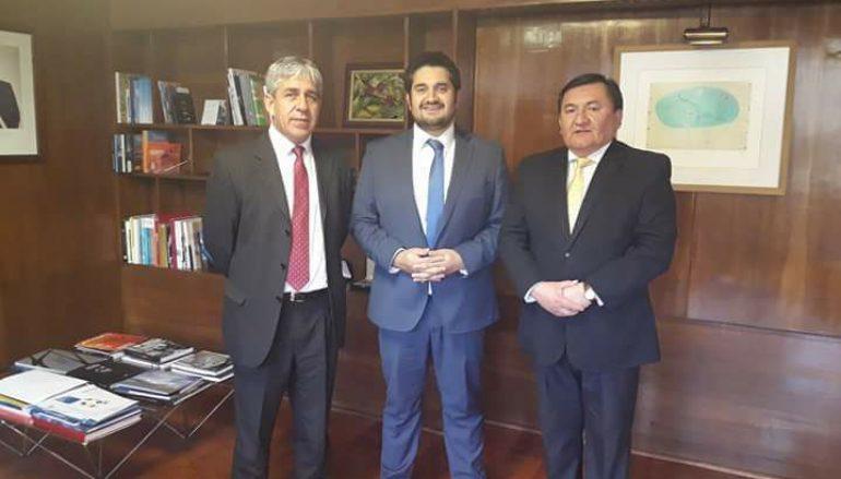 Reunión en Santiago con subsecretario de Transporte y Diputado Venegas