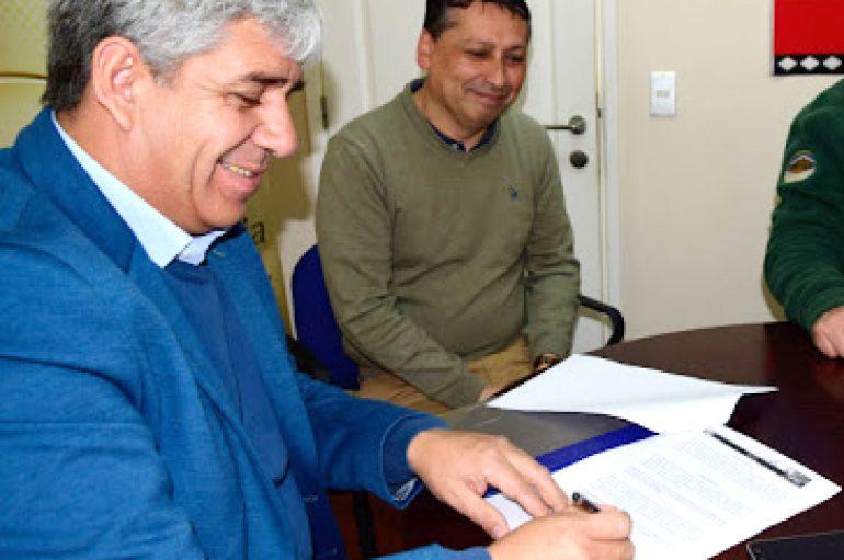 ALCALDE JUNTO A CONCEJO MUNICIPAL APRUEBAN RECURSOS PARA BECAS DE ESTUDIANTES DE EDUCACIÓN SUPERIOR
